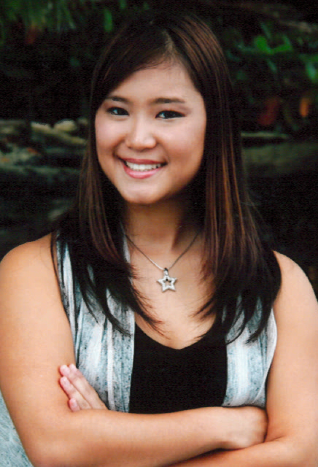 Kellie Iwasaki, recipient of a Barney S. Fujimoto Memorial Scholarship